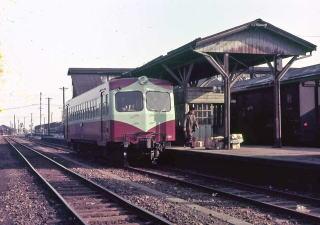 Category:日本の鉄道駅 ぬ (page...